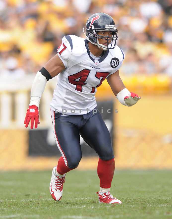 WILL DEMPS, of the Houston Texans, in action during the Texans, game against the Pittsburgh Steelers  in Pittsburgh, Pennsylvania on September 7, 2008..The Pittsburgh Steelers won 38-17