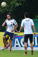 BARRANQUILLA-COLOMBIA- 7 -10--2013 .Falcao Garcia .Entrenamiento de la selección Colombia de mayores de fútbol en la Universidad Autónoma de Barranquilla en preparación para su encuentro con la selección de Chile rumbo al mundial Brasil 2014.  / Training biggest selection of soccer Colombia in Barranquilla Autonomous University in preparation for his meeting with the selection of Chile brazil 2014 due to global..Photo: VizzorImage / Alfonso Cervantes / Stringer