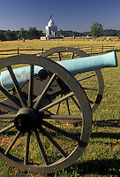 AJ2716, cannon, Gettysburg, civil war, battlefield, Gettysburg Military Park, Pennsylvania, Monument and cannon displayed at Gettysburg National Military Park in Gettysburg in the state of Pennsylvania.