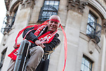© Joel Goodman - 07973 332324 . 13/05/2013 . Manchester , UK . Fans at the Manchester United trophy parade outside Manchester Town Hall this evening (Monday 13th May) . The team are celebrating their 20th league title win and commemorating the retirement of manager , Sir Alex Ferguson , by carrying the trophy on an opened top bus through the city . Photo credit : Joel Goodman