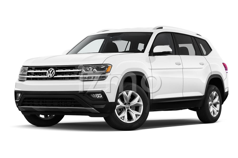 Stock pictures of low aggressive front three quarter view of a 2019 Volkswagen Atlas SE 5 Door SUV