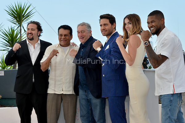 Jonathan Jakubowicz (Director), Roberto Duran, Robert de Niro, Edgar Ramirez, Ana de Armas and Usher Raymond IV at the Photocall 'Hands of Stone' - 69th Cannes Film Festival on May 16, 2016 in Cannes, France.<br /> CAP/LAF<br /> &copy;Lafitte/Capital Pictures /MediaPunch ***NORTH AND SOUTH AMERICA ONLY***