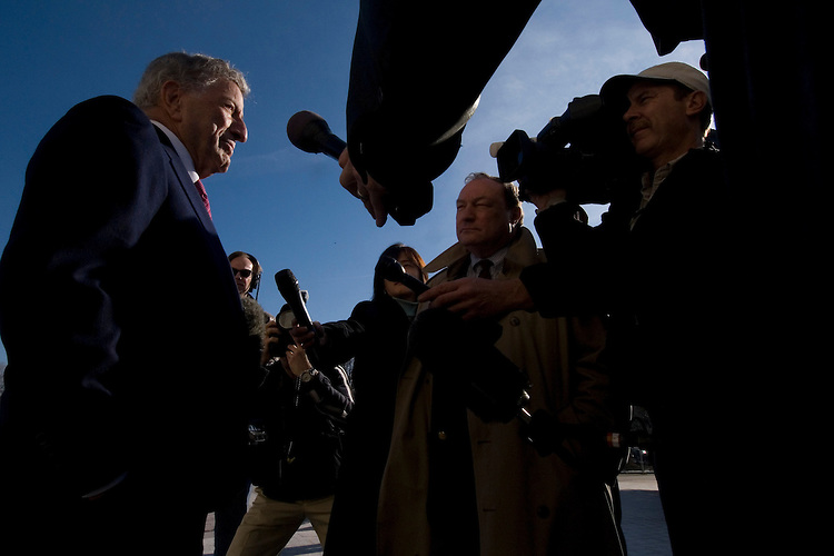 Singer Tony Bennett speaks to the news media outside of the Capitol before attending the swearing in ceremony in the House chamber on Thursday, Jan. 4, 2007.
