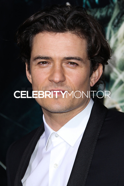 """HOLLYWOOD, CA - DECEMBER 02: Orlando Bloom arriving at the Los Angeles Premiere Of Warner Bros' """"The Hobbit: The Desolation Of Smaug"""" held at Dolby Theatre on December 2, 2013 in Hollywood, California. (Photo by Xavier Collin/Celebrity Monitor)"""