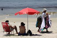 RIO DE  JANEIR,10 DE  FEVEREIRO DE 2012- Movientação  nas na praia de Copacabana-RJ.<br /> Local : Copacabana RJ<br /> Foto: Guto Maia/News Free