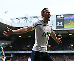 Tottenham's Harry Kane celebrates scoring his sides second goal<br /> <br /> Barclays Premier League - Tottenham Hotspur  vs West Ham  - White Hart Lane - England - 22nd February 2015 - Picture David Klein/Sportimage