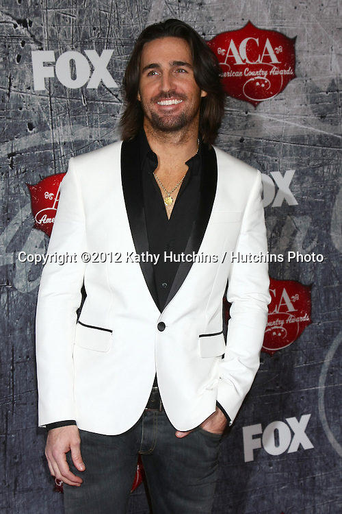 LOS ANGELES - DEC 10:  Jake Owen arrives to the American Country Awards 2012 at Mandalay Bay Resort and Casino on December 10, 2012 in Las Vegas, NV