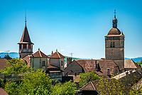 Frankreich, Bourgogne-Franche-Comté, Département Jura, Orgelet: Kleinstadt am Fusse des Mont-Oegier mit der Kirche Notre-Dame | France, Bourgogne-Franche-Comté, Département Jura, Orgelet: small town at the foot of Mont-Orgier with church Notre-Dame