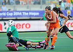 The Hague, Netherlands, June 12: Kim Lammers #23 of The Netherlands scores for the final score (4-0) during the second half during the field hockey semi-final match (Women) between The Netherlands and Argentina on June 12, 2014 during the World Cup 2014 at Kyocera Stadium in The Hague, Netherlands. Final score 4-0 (3-0)  (Photo by Dirk Markgraf / www.265-images.com) *** Local caption ***