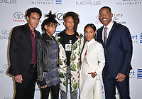 BURBANK, CA. October 22, 2016: Will Smith &amp; Jada Pinkett Smith &amp; Trey Smith &amp; Willow Smith &amp; Jaden Smith at the 26th Annual Environmental Media Awards at Warner Bros. Studios, Burbank.<br /> Picture: Paul Smith/Featureflash/SilverHub 0208 004 5359/ 07711 972644 Editors@silverhubmedia.com