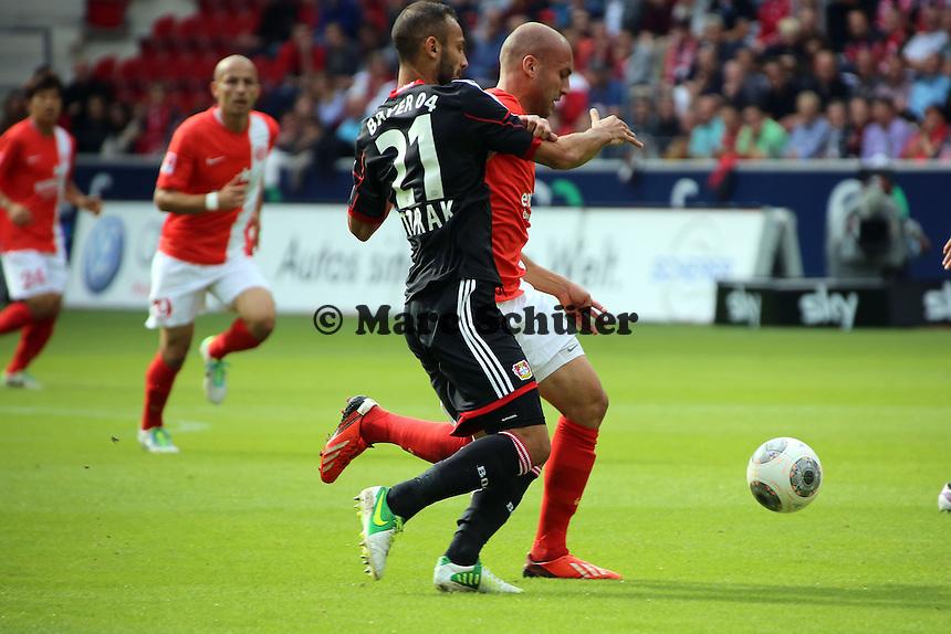 Ömer Toprak (Bayer) gegen Dani Schahin (Mainz) - 1. FSV Mainz 05 vs. Bayer 04 Leverkusen, Coface Arena, 6. Spieltag