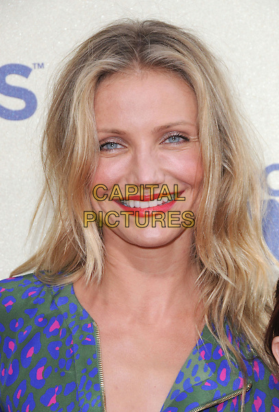 CAMERON DIAZ.The 2009 MTV Movie Awards held at Universal Ampitheatre  in Universal City, California, USA..May 31st, 2009 .headshot portrait red lipstick blue green pink pattern purple .CAP/DVS.©Debbie VanStory/Capital Pictures.