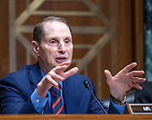 United States Senator Ron Wyden (Democrat of Oregon), ranking member, US Senate Committee on Finance, questions witnesses during a confirmation hearing on Capitol Hill in Washington, DC on Wednesday, August 22, 2018.<br /> Credit: Ron Sachs / CNP
