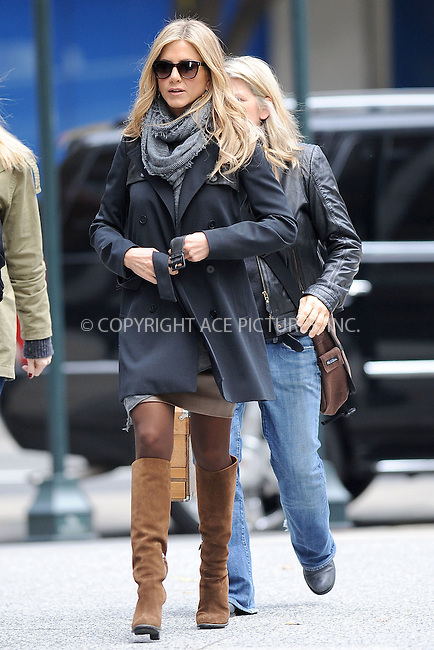 WWW.ACEPIXS.COM . . . . . .November 20, 2010...New York City...Actress Jennifer Aniston filming Wanderlust on November 18, 2010  in New York City....Please byline: KRISTIN CALLAHAN - ACEPIXS.COM.. . .Ace Pictures, Inc: ..tel: (212) 243 8787 or (646) 769 0430..e-mail: info@acepixs.com..web: http://www.acepixs.com .