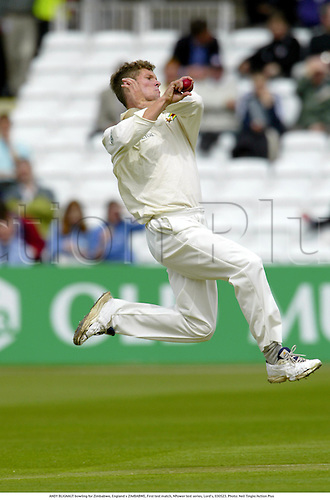 ANDY BLIGNAUT bowling for Zimbabwe, England v ZIMBABWE, First test match, NPower test series, Lord's, 030523. Photo: Neil Tingle/Action Plus...2003.Cricket.bowler bowlers