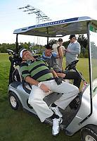 EAGLES GOLF CHARITY GOLF CUP - Golfpark Seehausen bei Leipzig - im Bild: Maler Horst Kordes relaxt am Loch 9 . Foto: Norman Rembarz..Norman Rembarz , Autorennummer 41043728 , Holbeinstr. 14, 04229 Leipzig, Tel.: 01794887569, Hypovereinsbank: BLZ: 86020086, KN: 357889472, St.Nr.: 231/261/06432 - Jegliche kommerzielle Nutzung ist honorar- und mehrwertsteuerpflichtig! Persönlichkeitsrechte sind zu wahren. Es wird keine Haftung übernommen bei Verletzung von Rechten Dritter. Autoren-Nennung gem. §13 UrhGes. wird verlangt. Weitergabe an Dritte nur nach  vorheriger Absprache..