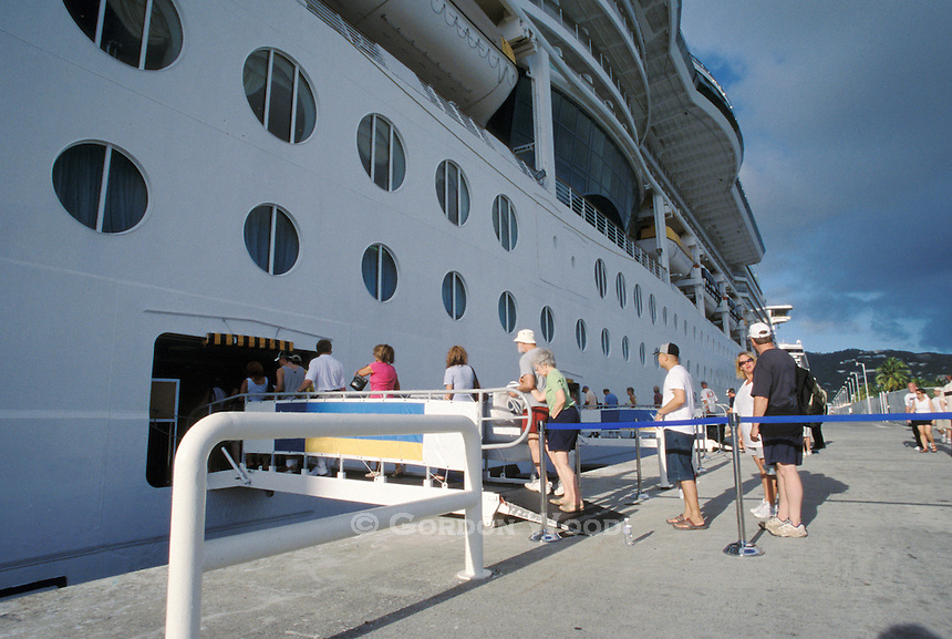 Boarding Cruise Ship after Island tour