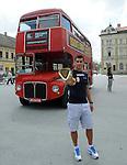 OLIMPIZAM, NOVI SAD, 24. May. 2012. - Visebojac Mihail Dudas. Zavrsne, sedamnaeste EkOlimpijske igre odrzane su danas na Trgu slobode u Novom Sadu. Foto: Nenad Negovanovic