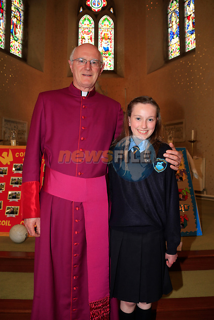Cira Dorey with Monsignor Dermot Farrell at Confirmation in Duleek Church<br /> Picture: www.newsfile.ie
