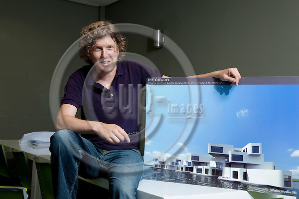 Rijswijk-The Netherlands, July 13, 2010 -- Koen OLTHUIS, architect and partner at / co-founder of Waterstudio.NL -- Photo: Horst Wagner / eup-images