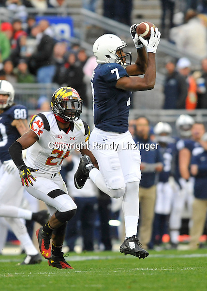 01 November 2014:  Penn State WR Eugene Geno Lewis (7) makes a catch. The Maryland Terrapins defeated the Penn State Nittany Lions 20-19 at Beaver Stadium in State College, PA.