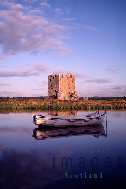 how to get to threave castle