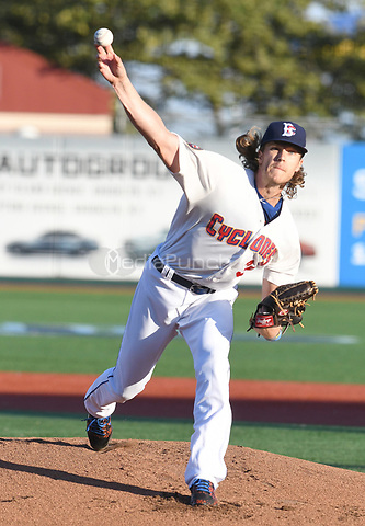 Brooklyn, NY - September 7: New York Mets pitcher Noah Syndergaard pitches in a rehab start at MCU Park in Brooklyn, New York on September 7, 2017. Syndergaard threw 36 pitches in 2 innings giving up 2 walk, 2 hits while striking out 3.   Photo Credit: George Napolitano/MediaPunch
