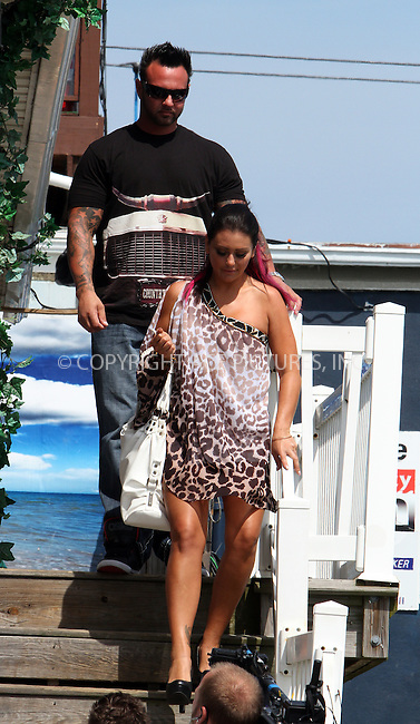 WWW.ACEPIXS.COM . . . . .  ....June 24 2012, Seaside Heights, NJ....Jenni Jwoww Farley shooting an episode of 'Jersey Shore' on June 24 2102 in Seaside Heights, NJ....Please byline: Zelig Shaul - ACE PICTURES.... *** ***..Ace Pictures, Inc:  ..Philip Vaughan (212) 243-8787 or (646) 769 0430..e-mail: info@acepixs.com..web: http://www.acepixs.com