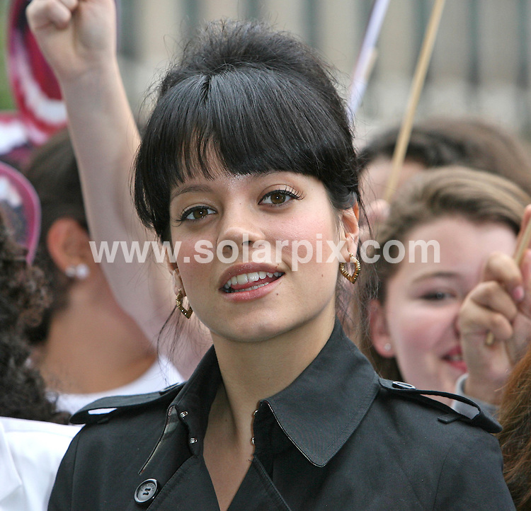 **ALL ROUND PICTURES FROM SOLARPIX.COM**.**WORLDWIDE SYNDICATION RIGHTS**.Lily Allen and around one hundred school children gather in Parliament Square, asking for Prime Minister Gordon Brown to invest in Britains children. date: 11 July 2007..This pic: Lily Allen..JOB REF:    4252   SSD     DATE: 11_07_2007.**MUST CREDIT SOLARPIX.COM OR DOUBLE FEE WILL BE CHARGED* *UNDER NO CIRCUMSTANCES IS THIS IMAGE TO BE REPRODUCED FOR ANY ONLINE EDITION WITHOUT PRIOR PERMISSION*