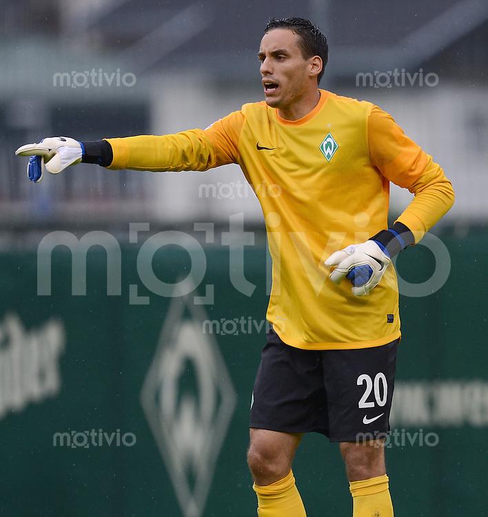 FUSSBALL   1. BUNDESLIGA   SAISON 2012/2013   TESTSPIEL  Werder Bremen - FC Energie Cottbus      20.07.2012 Torwart Raphael Wolf (SV Werder Bremen)