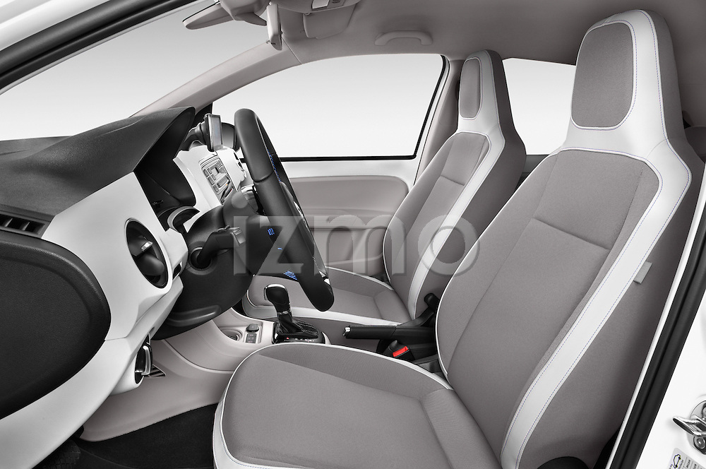 Front seat view of a 2014 Volkswagen up! e-up! 5 Door Hatchback 2WD Front Seat car photos
