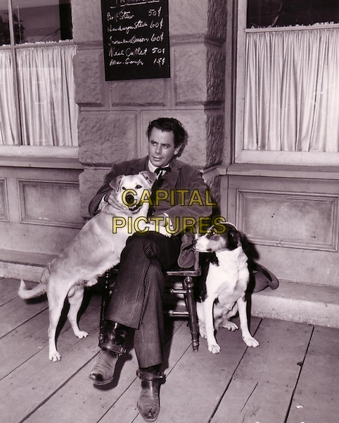 Glenn Ford.*Filmstill - Editorial Use Only*.CAP/PLF.Supplied by Capital Pictures.