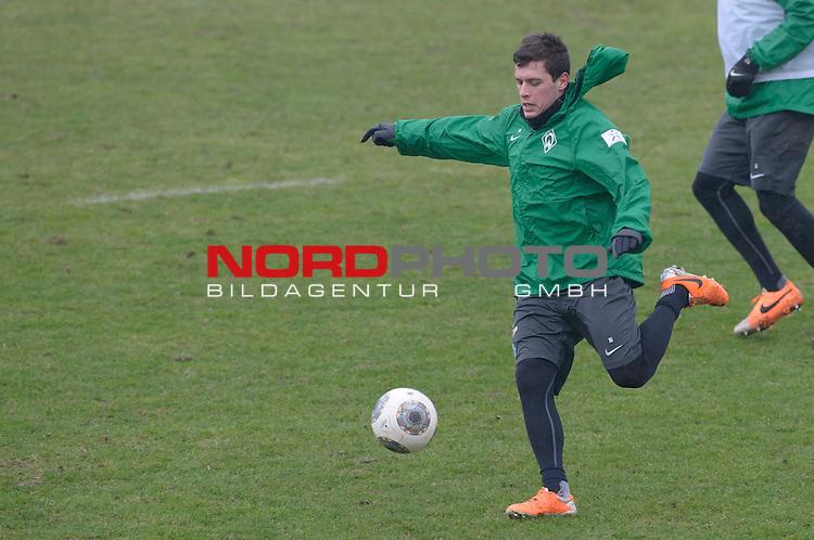 11.02.2014, Trainingsgelaende, Bremen, GER, 1.FBL, Training Werder Bremen, im Bild Zlatko Junuzovic (Bremen #16)<br /> <br /> Foto &copy; nordphoto / Frisch