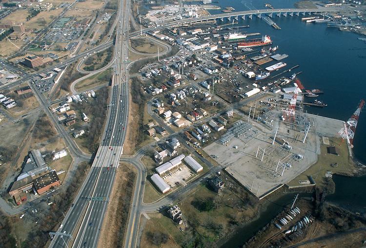 1992 February 01..Redevelopment.South Brambleton..LOOKING EAST.COLONNA SHIPYARD IN FOREGROUND...NEG#.NRHA#..