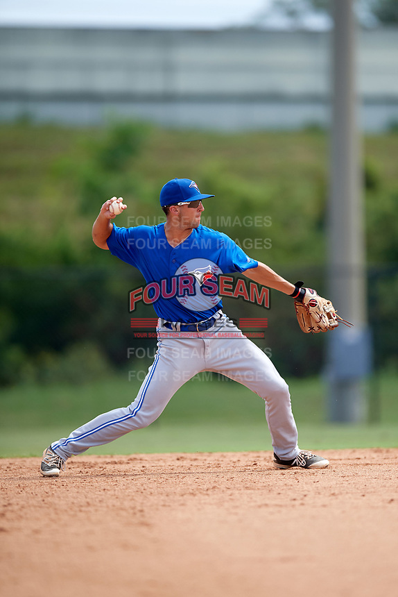 Toronto Blue Jays shortstop Kevin Smith (10) throws to first base during an Instructional League game against the Philadelphia Phillies on September 30, 2017 at the Carpenter Complex in Clearwater, Florida.  (Mike Janes/Four Seam Images)