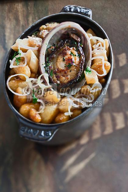 Europe/France/Bretagne/29/Finistère/Roscoff: Fricassée d'ormeaux aux pommes de terre de l'île de Batz -  recette de Loïc le Bail du restaurant Le Yachtman à l'Hôtel Brittany