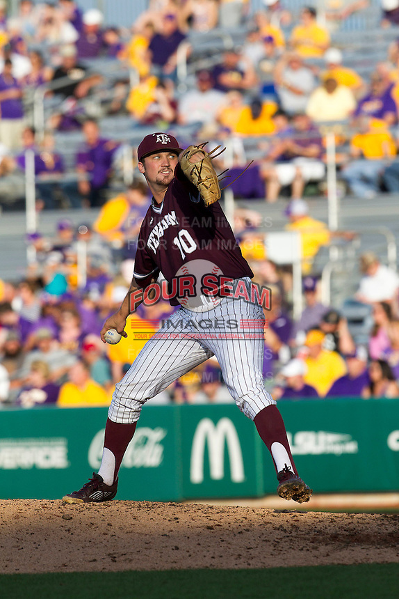 Texas A&M Aggies pitcher Andrew Vinson (10) delivers a pitch to the plate during the Southeastern Conference baseball game against the LSU Tigers on April 25, 2015 at Alex Box Stadium in Baton Rouge, Louisiana. Texas A&M defeated LSU 6-2. (Andrew Woolley/Four Seam Images)