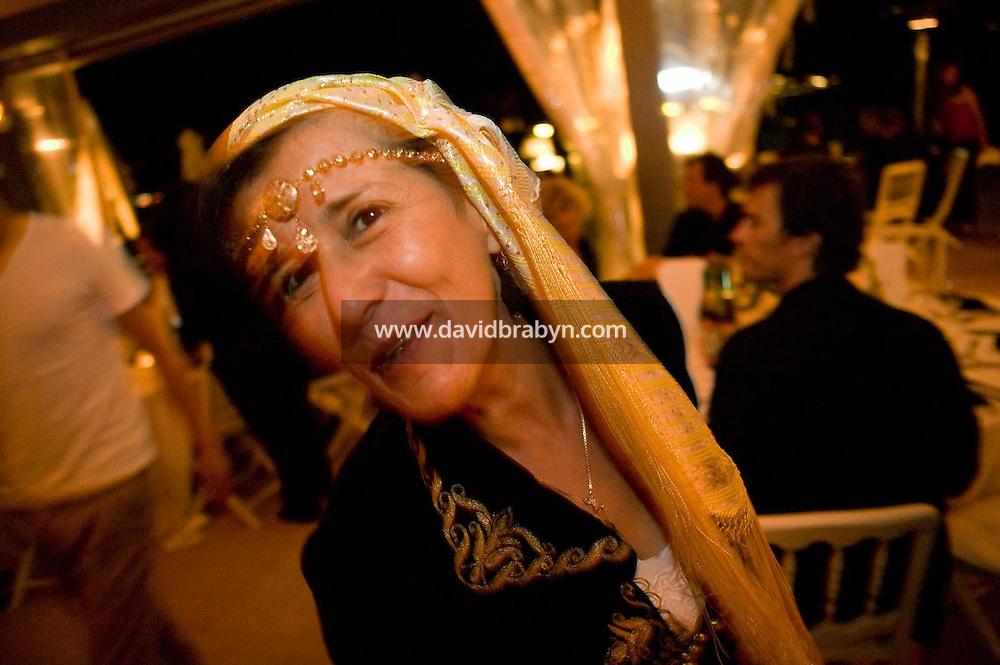 Yamina Bachir, diner, 20 ans de la Fondation Groupama-Gan pour le Cinema, Cannes, France, 18 mai 2007.