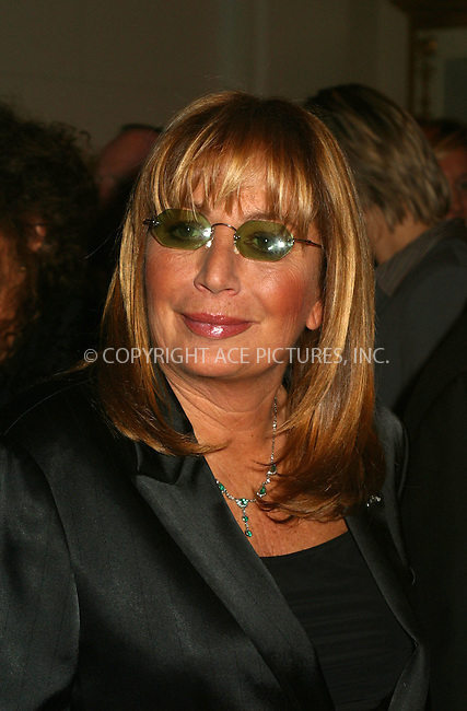 Penny Marshall at the Food Allergy Initiative Gala in New York. December 3, 2002. The Food Allergy Initiative supports clinical research to find a cure for life-threatening food allergies, as well as influences public policy to make the wold safer for those afflicted. Please byline: Alecsey Boldeskul/NY Photo Press.   ..*PAY-PER-USE*      ....NY Photo Press:  ..phone (646) 267-6913;   ..e-mail: info@nyphotopress.com