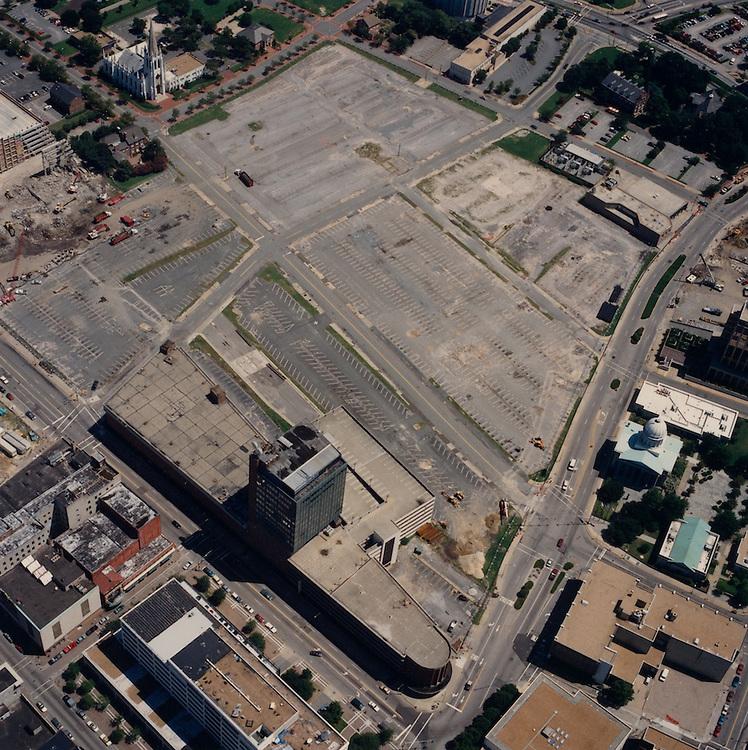 1996 August 15..Redevelopment.Downtown North (R-8)..Aerials Macarthur Center.Looking Northeast...NEG#.NRHA#.08/96  SPECIAL:HOAR  1:12  NRHA1-12.