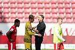 Achim Beierlorzer (Trainer 1. FSV Mainz 05), Florian Müller / Florian Mueller (FSV Mainz 05 #01)<br /> <br /> <br /> Sport: nphgm001: Fussball: 1. Bundesliga: Saison 19/20: 33. Spieltag: 1. FSV Mainz 05 vs SV Werder Bremen 20.06.2020<br /> <br /> Foto: gumzmedia/nordphoto/POOL <br /> <br /> DFL regulations prohibit any use of photographs as image sequences and/or quasi-video.<br /> EDITORIAL USE ONLY<br /> National and international News-Agencies OUT.