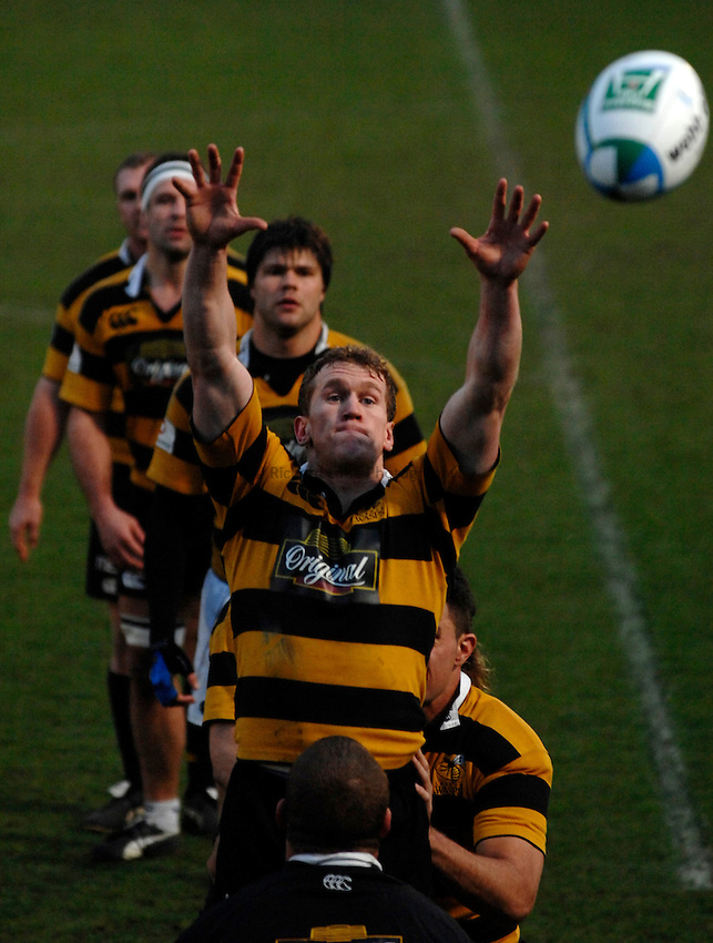 Photo: Richard Lane..London Wasps training session at Adams Park. 29/03/2007. .Wasps' forwards practice lineout as Tom Rees takes the ball.