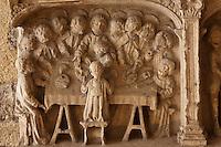 Europe/Europe/France/Midi-Pyrénées/46/Lot/Carennac:<br />  Bas relief representant des scènes de la vie et de la Passion du Christ: La Cène