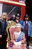 Apr 30, 2000: MOTORHEAD - God Save The Queen Video