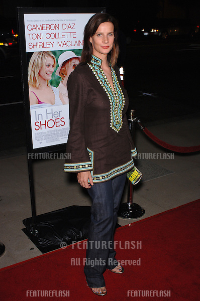 Actress RACHEL GRIFFITHS at the Los Angeles premiere of In Her Shoes..September 28, 2005  Los Angeles, CA..© 2005 Paul Smith / Featureflash