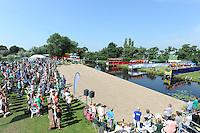 FIERLJEPPEN: VLIST: 22-08-2015, NK Fierljeppen/Polstokverspringen, overzicht schansen, voorstellen deelnemers, ©foto Martin de Jong