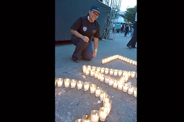 Cientos de personas asisten a la marcha contra la violencia a la mujer, encabezada por el Procurador de la Rep. la Fiscal de distrito, todos los ministros de los cuerpos castrences..Fotos: Carmen Suárez/acento.com.do.Fecha: 21/11/2012.