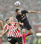 Athletic de Bilbao's Aritz Aduriz (l) and FC Barcelona's Sergio Busquets during La Liga match. August 28,2016. (ALTERPHOTOS/Acero)
