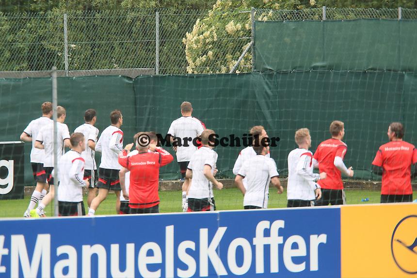 Aufwärmtraining - Trainingslager der Deutschen Nationalmannschaft zur WM-Vorbereitung in St. Martin