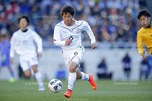 Shomu Watanabe (Maebashi Ikuei), <br /> JANUARY 12, 2015 - Football / Soccer : <br /> 93rd All Japan High School Soccer Tournament final match between Maebashi Ikuei 2-4 Seiryo at Sitama Stadium 2002, Saitama, Japan. <br /> (Photo by Yusuke Nakanishi/AFLO SPORT) [1090]